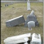 מצבה שחוללה בליסבון (מתוך האתר אנטישמיות)